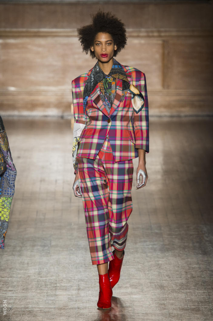 Universidad_Jannette_Klein_blogjk_Top_20_womenswear_brands_to watch_London_Fashion_Week_Fall_2016_Vivienne_Westwood