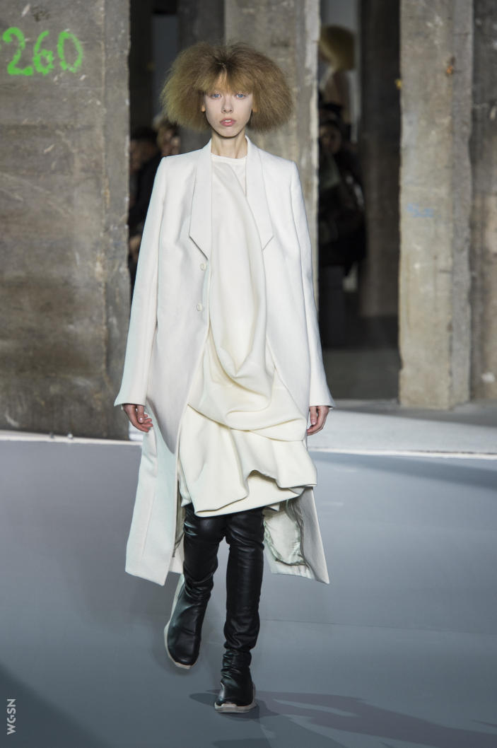 Universidad_Jannette_Klein_blogjk_Top_20_womenswear_brands_to_ watch_Paris_Fashion_Week_Fall_2016_Rick_Owens